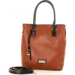 Eva Minge Femestage Miesjak torebka karmelowy. Brązowe torebki klasyczne damskie Eva Minge, w paski, ze skóry. Za 169,00 zł.