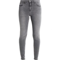 Topshop JAMIE NEW Jeans Skinny Fit grey. Szare rurki damskie Topshop. Za 229,00 zł.