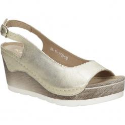 Sandały skórzane na koturnie Karino 1728/074-P. Fioletowe sandały damskie marki Karino, ze skóry. Za 179,99 zł.