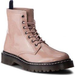 Trapery TRUSSARDI JEANS - 79A00276 P100. Czerwone buty zimowe damskie Trussardi Jeans, z jeansu. Za 709,00 zł.
