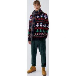 Czarny świąteczny sweter. Niebieskie swetry klasyczne męskie marki Cropp, l. Za 109,00 zł.