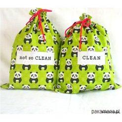 Torby podróżne: Panda w parku – torebki podróżne na bieliznę