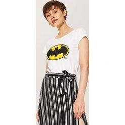 T-shirt Batman - Biały. Białe t-shirty damskie House, l, z motywem z bajki. Za 29,99 zł.