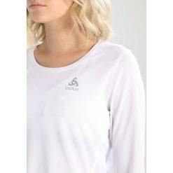 ODLO CREW NECK Bluzka z długim rękawem white. Białe bluzki damskie Odlo, xl, z materiału, z długim rękawem. Za 149,00 zł.