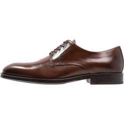 Zign Eleganckie buty cognac. Brązowe buty wizytowe męskie Zign, z materiału, na sznurówki. Za 459,00 zł.