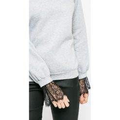 Vero Moda - Bluza. Szare bluzy damskie Vero Moda, l, z bawełny, bez kaptura. W wyprzedaży za 69,90 zł.
