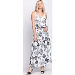 Sukienki: Biała Sukienka Custard