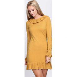 Żółta Sukienka Mad Hatter. Żółte sukienki dzianinowe Born2be, s. Za 24,99 zł.