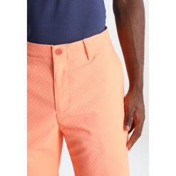 Adidas Golf DOBBY SHORT Krótkie spodenki sportowe sunglo. Pomarańczowe spodenki sportowe męskie adidas Golf, z elastanu, sportowe. W wyprzedaży za 341,10 zł.