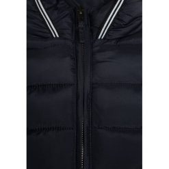 OVS HOOD Kurtka zimowa peacoat. Czarne kurtki chłopięce zimowe marki OVS, z materiału. W wyprzedaży za 135,20 zł.