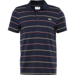 Lacoste Sport STRIPE Koszulka polo navy blue/whitelighthouse/redpomelo. Niebieskie koszulki sportowe męskie Lacoste Sport, m, z bawełny. Za 359,00 zł.