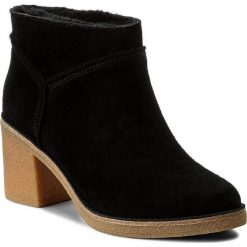 Botki UGG - W Kasen 1018644 W/Blk. Czarne buty zimowe damskie Ugg, ze skóry, na obcasie. W wyprzedaży za 469,00 zł.