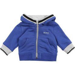 BOSS Kidswear BABY LAYETTE JOGGING Bluza rozpinana blau/grau. Niebieskie bluzy chłopięce rozpinane marki BOSS Kidswear, z bawełny. Za 269,00 zł.