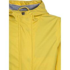 Cars Jeans KIDS IDA  Kurtka przeciwdeszczowa yellow. Żółte kurtki chłopięce przeciwdeszczowe Cars Jeans, z jeansu. W wyprzedaży za 224,10 zł.