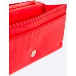 Ochnik - Portfel. Czerwone portfele damskie Ochnik, z materiału. W wyprzedaży za 139,90 zł.