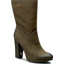 Kozaki CARINII - B3784 I43-000-PSK-B87. Zielone buty zimowe damskie Carinii, z materiału, na obcasie. W wyprzedaży za 279,00 zł.