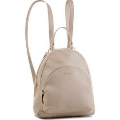 Plecak COCCINELLE - DS5 Alpha E1 DS5 14 01 01 Seashell N43. Brązowe plecaki damskie Coccinelle, ze skóry, klasyczne. Za 1299,90 zł.