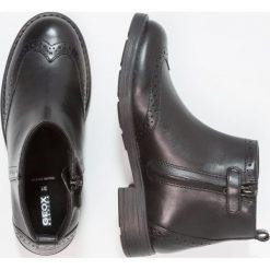 Geox SOFIA Botki black. Czarne botki damskie skórzane Geox. W wyprzedaży za 230,45 zł.