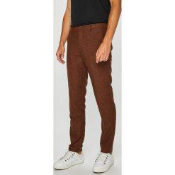 Premium by Jack&Jones - Spodnie. Brązowe chinosy męskie Premium by Jack&Jones, z haftami, z bawełny. Za 299,90 zł.