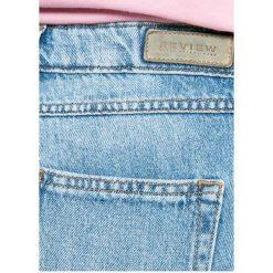 Review - Jeansy Cigarette. Szare proste jeansy damskie marki Review, l, z tkaniny, z okrągłym kołnierzem. W wyprzedaży za 139,90 zł.
