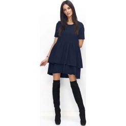 Granatowa Sukienka Casual z Falbankami. Niebieskie sukienki balowe Molly.pl, na co dzień, l, z falbankami, z krótkim rękawem, mini, oversize. Za 119,90 zł.