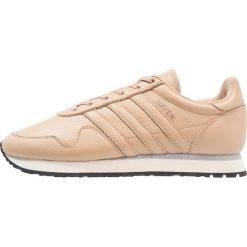 Adidas Originals HAVEN Tenisówki i Trampki st pale nude/offwhite. Brązowe tenisówki damskie adidas Originals, z materiału. W wyprzedaży za 384,30 zł.