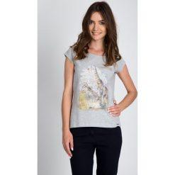 Bluzki asymetryczne: Szara bluzka z żyrafami QUIOSQUE