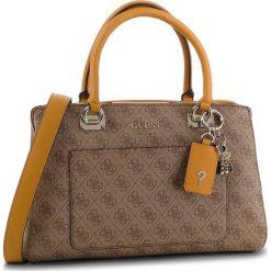 Torebka GUESS - HWSG71 74060 BRM. Brązowe torebki klasyczne damskie Guess, z aplikacjami, ze skóry ekologicznej, bez dodatków. Za 699,00 zł.