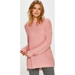 Femi Stories - Sweter Enzo. Różowe swetry klasyczne damskie marki Femi Stories, l, z dzianiny, z okrągłym kołnierzem. W wyprzedaży za 239,90 zł.