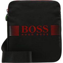 BOSS ATHLEISURE PIXEL ZIP Torba na ramię black. Niebieskie torby na ramię męskie marki BOSS Athleisure, m. Za 399,00 zł.