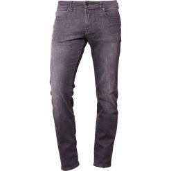 Jeansy męskie regular: BOSS CASUAL Jeansy Straight Leg grey