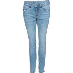 """Dżinsy z paskami bonprix niebieski """"bleached"""". Niebieskie jeansy damskie skinny bonprix, w paski, z jeansu. Za 139,99 zł."""