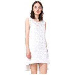 Desigual Sukienka Damska Mauricio L Biały. Białe sukienki marki Desigual, l. W wyprzedaży za 290,00 zł.