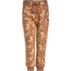 Mainio Spodnie treningowe brown. Brązowe spodnie dresowe dziewczęce Mainio, z bawełny. Za 179,00 zł.