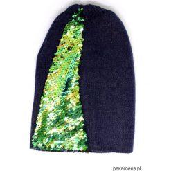 Czapka granatowa z cekinami. Czarne czapki zimowe damskie Pakamera. Za 65,00 zł.