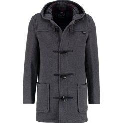 Gloverall Krótki płaszcz grey. Szare płaszcze wełniane męskie marki Gloverall, m. W wyprzedaży za 799,50 zł.