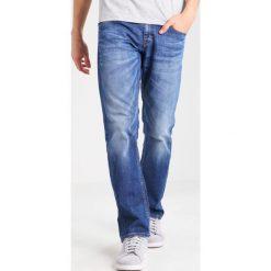 Mustang OREGON  Jeansy Straight Leg light scratched used. Czarne jeansy męskie marki Mustang, l, z bawełny, z kapturem. Za 379,00 zł.