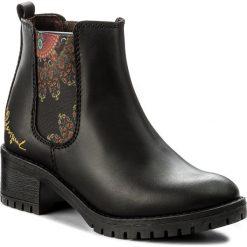 Sztyblety DESIGUAL - Shoes Charly Essentials 17WSALC7 2000. Czarne buty zimowe damskie Desigual, z materiału. W wyprzedaży za 279,00 zł.