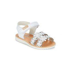 Sandały Dziecko  Pablosky  EXIMOUTE. Białe sandały dziewczęce marki Born2be, z materiału, na sznurówki. Za 139,30 zł.