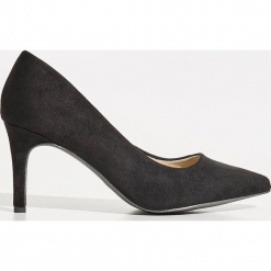 Czółenka na szpilce - Czarny. Czarne buty ślubne damskie marki Sinsay, na szpilce. Za 79,99 zł.