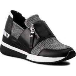 Sneakersy MICHAEL MICHAEL KORS - Chelsie Trainer 43T8CHFS1D Blk/Silver. Czarne sneakersy damskie marki MICHAEL Michael Kors, z gumy, przed kolano, na wysokim obcasie. Za 759,00 zł.