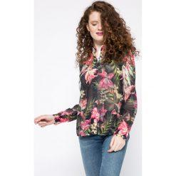 Guess Jeans - Koszula. Szare koszule jeansowe damskie marki Guess Jeans, na co dzień, l, z aplikacjami, casualowe, z okrągłym kołnierzem, mini, dopasowane. W wyprzedaży za 219,90 zł.