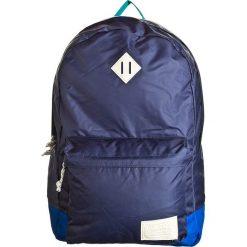 """Plecaki męskie: Plecak """"Kettle Pack"""" w kolorze granatowym – 30 x 45 x 15 cm"""