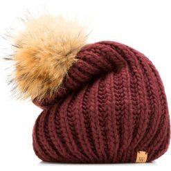 85-HF-010-2 Czapka damska. Czerwone czapki damskie Wittchen, na zimę, z dzianiny. Za 69,00 zł.