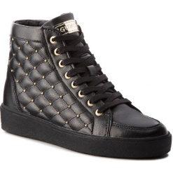 Sneakersy GUESS - FLACE3 LEA12 BLACK. Czarne sneakersy damskie Guess, z materiału. Za 629,00 zł.