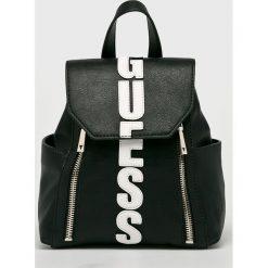 Guess Jeans - Plecak. Niebieskie plecaki damskie marki Guess Jeans, z obniżonym stanem. Za 549,90 zł.
