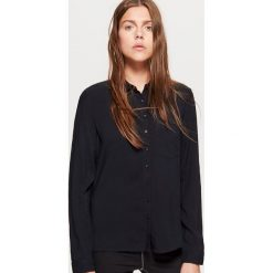 Gładka koszula - Czarny. Czarne koszule wiązane damskie Cropp, l. Za 49,99 zł.