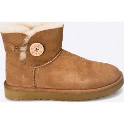 UGG - Buty Mini Bailey Bow II. Szare buty zimowe damskie marki Ugg, z materiału, z okrągłym noskiem. Za 849,90 zł.