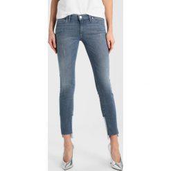 Marc O'Polo DENIM SIV CROPPED Jeans Skinny Fit combo. Niebieskie boyfriendy damskie Marc O'Polo DENIM. W wyprzedaży za 467,10 zł.