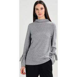 Swetry klasyczne damskie: YAS YASFLOSS FUNNELNECK TIE Sweter light grey melange